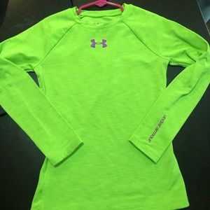 Long sleeve under armor fitted shirt
